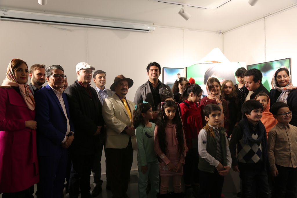 نمایشگاه عکس صلح، کودک، جام جهانی به نفع بیماران نادر